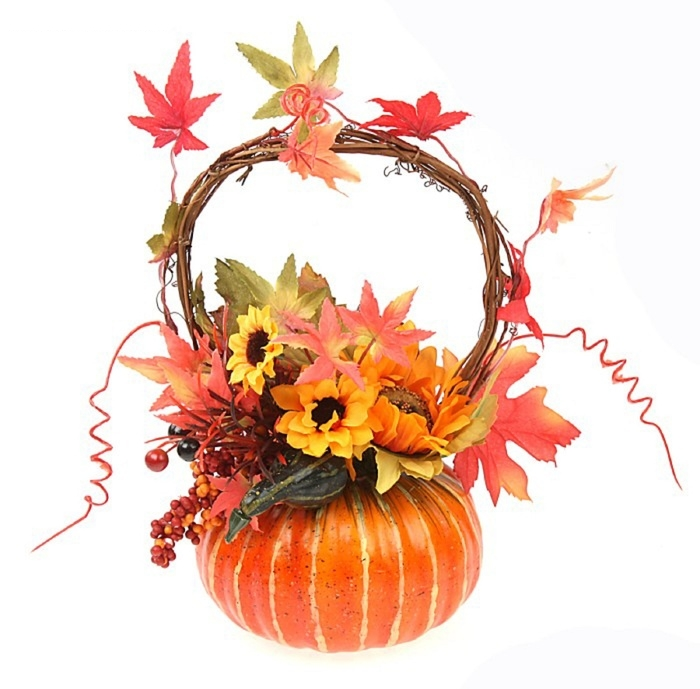 Осенняя композиция из тыквы